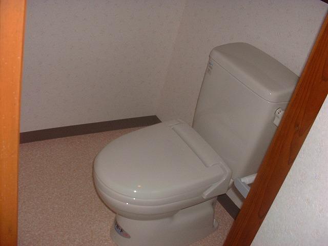 トイレ完工